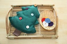 super fun montessori activities for Christmas. doing all these w/Asa this year!