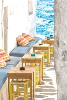 Wondering if Mykonos is worth visit or asking yourself 'is Mykonos expensive to visit'? Get tips and tricks for hotels, food, activities and costs in Mykonos. Plus tips on how much spending money for Mykonos you need to bring. #islands #greece #islandhopping | Is Mykonos More Expensive Than Santorini | Price Of Food In Mykonos | Holidays to Mykonos Costs | Mykonos On A Budget | Mykonos Villas | Mykonos Greece Things To Do In | Mykonos Greece Beach | Mykonos Greece Hotels | Mykonos Honeymoon