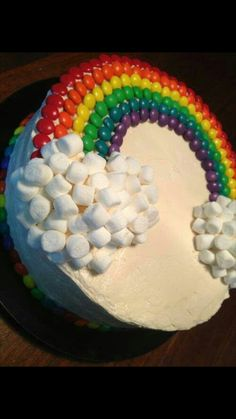 Whoa, marshmallow city! More marshmallows than rainbow, but in get the poofy fluffy cloud idea.