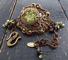 Czech Glass Button Bracelet  Victorian by KarenTylerDesigns