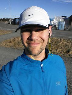 Precis färdig med 11 km i de nya Free-dojjorna. Fint.  Just finished a 11 k run in my new Free-shoes. Sweet.