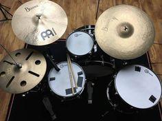 @dsumdrums  #drumsview#drums#drumkit#drumset#percussion#drummer#percussionist#musician#drumstick#drum#drumming#drumlife#drumslife#drumporn#drumstagram#cymbals#vintagedrums#customdrums#drumsticks#lovedrums#instaview#art#rhythm#tempo#view#music#drumfam#instadrums#drumsfromabove by drumsview