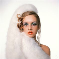 Twiggy looking particularly lovely, 1960s #fashion #vintage