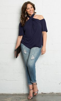awesome In the Navy by http://www.polyvorebydana.us/curvy-girl-fashion/in-the-navy/