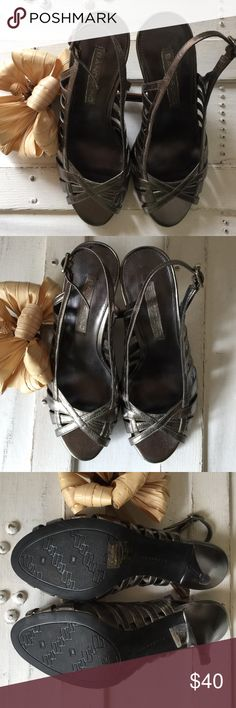 """$56 ON EBAY  BANDOLINO  NEVER WORN OUTDOORS! BANDOLINO GREY OPEN TOE SANDALS WITH 2.5"""" HEELS LITERALLY PERFECT CONDITION  TWO SUPER SMALL BLACK MARKS WHERE FEET REST...BARELY NOTICEABLE...NOT NOTICEABLE WHEN WEARING! I LIKE TO MENTION EVERYTHING AND ANYTHING THAT ISN'T ABSOLUTELY PERFECT ABOUT ALL MY LISTINGS! THESE COULD GO FROM DAY TO NIGHT! PAIR WITH ANY LENGTH SKIRT, SLACKS, EVEN SKINNY JEANS!  Bandolino Shoes Sandals"""