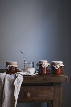 Peach Jam by Tanya Balyanitsa (more seasonal recipes on http://Honeytanie.com)