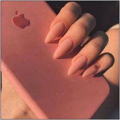 Semi-permanent varnish, false nails, patches: which manicure to choose? - My Nails Aycrlic Nails, Matte Nails, Fun Nails, Hair And Nails, Coffin Nails, Glitter Nails, Dope Nails, Best Acrylic Nails, Acrylic Nail Designs