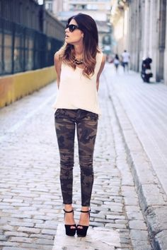 Lovvvvee this look!! Camo obsessed!!! >>> Camo and heels love! Ahh can't stop pinning camo lmao