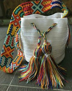 Otomiartesanal Mayan Morral (Mochila bag) DESCRIPTION This Beautiful and unique Morral Bag is an Otomiartesanal exclusive design, proudly hand woven by Mexican Artisans from Mayan Zone. This Pouch has