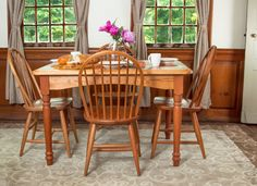 Turned Leg Dining Table Paired with Windsor Chairs.