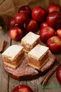 Apple and walnuts bars ( recipe in romanian) Romanian Desserts, Romanian Food, Hungarian Desserts, Delicious Desserts, Dessert Recipes, Yummy Food, Sweet Recipes, Cupcake Cakes, Food To Make