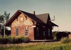 MIRABEL, Québec - Canadian Pacific Railway station-gare