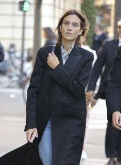 Alexa Chung out for shopping in Paris, France | October 5, 2016