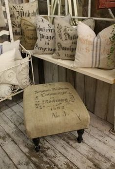 Burlap foot stool. I want one for my porch.