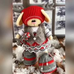Noel Christmas pattern for crochet only Plush Pattern, Crochet Doll Pattern, Crochet Patterns Amigurumi, Amigurumi Doll, Crochet Dolls, Disney Crochet Patterns, Christmas Crochet Patterns, Doll Patterns, Crochet Christmas Decorations