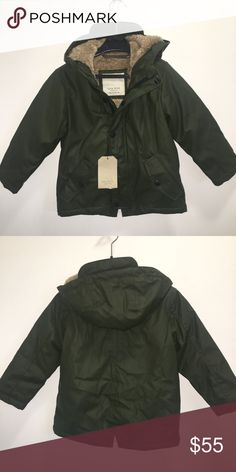 Zara Boys Fur Lined Parka 4 Zara Boys Fashion Collection  Fur lined Olive green parka raincoat with hood  Water repellent  Size 4 years NWT   Very modern, stylish, and warm!  Check out my other items ! I ship same or next day📬 Thanks for looking ! Zara Jackets & Coats Raincoats
