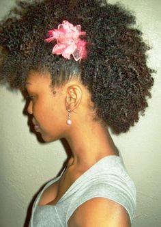 Click the image for Kayla's natural hair photos and regimen.
