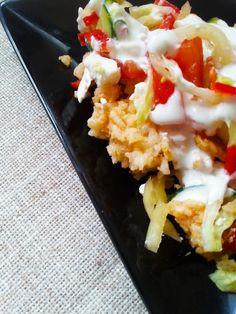 Csirkesaláta diétához, meg mert nagyon finom és gyorsan kész Ma csirkesalátát készítettem, mert viszonylag gyorsan