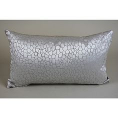 Ashley Wilde, Kingley Oyster cushion