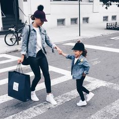 Curly haired mother/daughter bloggers  Blog: ScoutTheCity.com  Snap: Scoutthecity  YouTube: ScoutTheCity (subscribe)  Read today's post