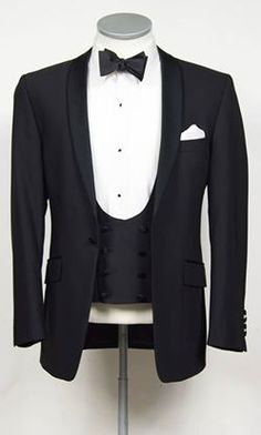 Grooms slim fit suit and vintage tweed wedding suit hire, Made to measure wedding suits for grooms. Slim Fit Tuxedo, Tuxedo Suit, Tuxedo For Men, Wedding Outfits For Groom, Wedding Suits, Wedding Hire, Tuxedo Wedding, Wedding Ideas, Groomsmen Attire Navy