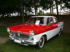 1961 SIMCA Vedette Chambord :: Front