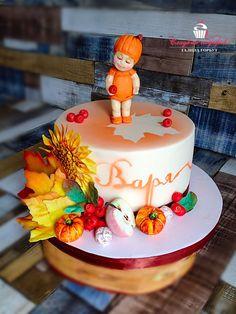 Торт на день рождение осенней малышки.