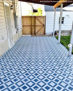 With a few easy steps and a little patience, learn how to stencil an existing concrete patio into a gorgeous printed paradise that looks like tile! Concrete Patios, Design Your Dream House, Design Your Home, Backyard Patio, Backyard Landscaping, Backyard Designs, Concrete Cleaner, Patio Signs, Porch Paint