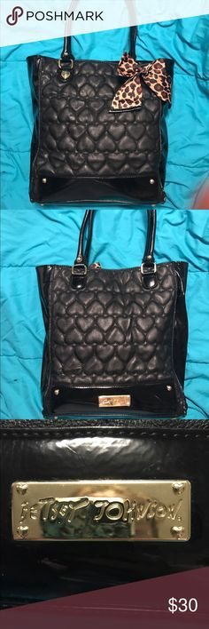 Betsey Johnson Black Heart Handbag Authentic Betsey Johnson Handbag! Gently used, any marks are barely noticeable. Roomy and black goes with everything! Betsey Johnson Bags Shoulder Bags