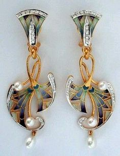 Art Nouveau gold earrings with diamonds, enamel and pearls.