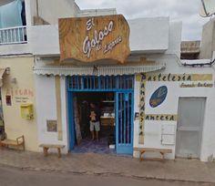 Pasteleria El Goloso de Lajares  Coronel Gonzalez Hierro, 29 Lajares  Per comprar el pa, berenar o fer un cafè.