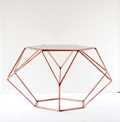 Unique diamond table. By Diamantina & La Perla. www.facebook.com/diamantinaylaperla