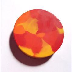 思いがけない発色がおもしろい色づかいができるマーブルクレヨンです。子どもたちが夢中になります^ ^インテリアとして飾ってもすてきです!こちらは、あたたかい柑橘... ハンドメイド、手作り、手仕事品の通販・販売・購入ならCreema。