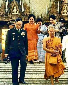 Our beloved King King Rama 10, King Phumipol, King Of Kings, King Queen, King Thailand, Queen Sirikit, Who People, Bhumibol Adulyadej, Great King