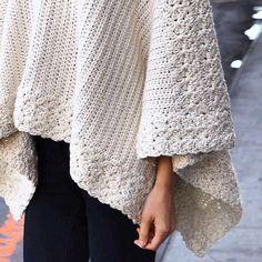 hdc and star stitches Crochet Jumper, Love Crochet, Crochet Scarves, Beautiful Crochet, Crochet Shawl, Crochet Clothes, Knit Crochet, Knitwear Fashion, Knit Fashion