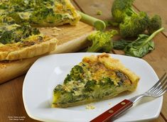 Quiche s brokolicí / Quiche with broccoli Czech Recipes, Russian Recipes, Quiche Muffins, Bacon, Cooking Recipes, Pie, Vegetarian, Vegan, Vegetables