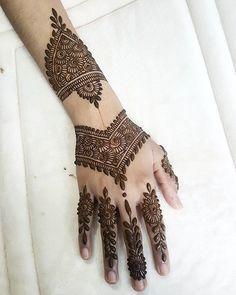 Likes, 20 Comments - Henna Artist Henna Ink, Henna Mandala, Henna Mehndi, Unique Henna, Simple Henna, Mehndi Book, Mehandi Design For Hand, Mehendhi Designs, Mehndi Patterns