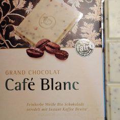 """""""#grandchocolat #caféblanc. - leckere #weißeSchokolade. #kaffee #schokolade #gepa #bio #fairtrade #fairgehandelt #weltladen #naturland #organic #mwontour…"""""""
