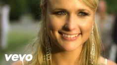 Miranda Lambert - White Liar You better be careful what you do I wouldn't wanna be in your shoes If they every found you out You better be careful what you say It never really added up anyway I got friends in this town <3 <3 <3