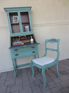 Desk and chair painted with Chalk Paint® decorative paint by Annie Sloan in Provence with a dark wax wash. Artist: The Green Table.