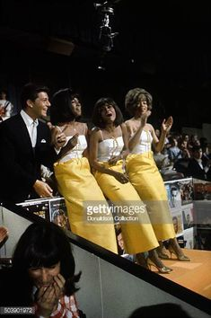 Host Frankie Avalon joins singers, Mary Wilson, Florence Ballard and Diana Ross of the R and B Group 'The Supremes' as they rehearse for their performance on the TV show Hullabaloo on May 1965 in. Get premium, high resolution news photos at Getty Images 1970s Looks, Diana Ross Supremes, Frankie Avalon, Mary Wilson, Stand Up Comedians, Black Celebrities, Popular Girl, Soul Music, Musica