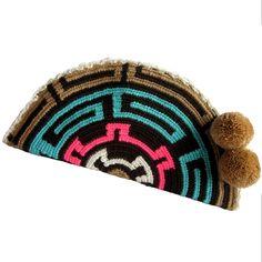 Querida Abanico Wayuu Clutch. Handmade and Fair Trade  Wayuu Clutches – LOMBIA… Tapestry Bag, Tapestry Crochet, Knit Crochet, Diy Clutch, Clutch Bag, Boho Bags, Bohemian Bag, Crochet Christmas Trees, Fillet Crochet