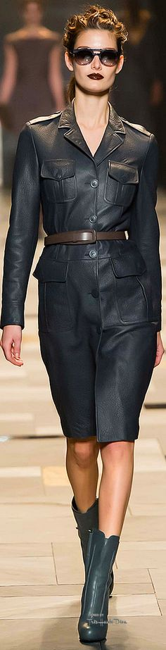 #MFW Trussardi  Fall 2015 RTW ♔THD♔ More of this collection on my Milan Board.