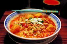 Bun Rieu Cua Recipe - Vietnamese Crab Noodle Soup   About Vietnam  #bun-rieu-cua #food-in-vietnam #hanoi
