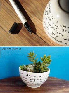 """As canetinhas permanentes são um prato cheio para quem gosta de dar um toque pessoal em pequenas coisas. Fáceis de encontrar em papelarias ou em lojas de artesanato, as canetas oferecem diversas possibilidades, e são fáceis de manusear. Se você quer começar aos poucos no mundo do """"faça você mesma"""", estes projetos podem ser umaLeia mais"""