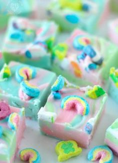 Lucky Charms Fudge is a swirly twirly white chocolate rainbow fudge using your favorite cereal marmallows. Some might call this unicorn fudge! Appetizer Recipes, Dessert Recipes, Desserts, Dessert Ideas, Appetizers, Freezer Meals, Easy Meals, Mexican Food Recipes, Cookie Recipes