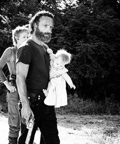 Carol, Rick & Judith - black and white - Alexandria safe zone - Fangirl- The Walking Dead