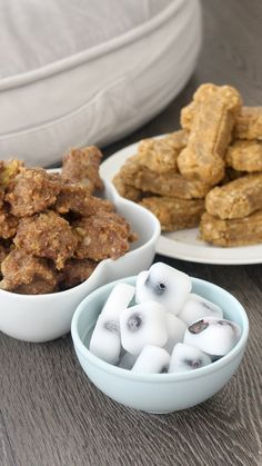 Graduation Signs Discover Homemade Dog Treats Try these three easy breakfast dinner and dessert treats for your favorite furry friend. Frozen Dog Treats, Diy Dog Treats, Homemade Dog Treats, Healthy Dog Treats, Treats For Puppies, Summer Dog Treats, Soft Dog Treats, Best Treats For Dogs, Pumpkin Dog Treats