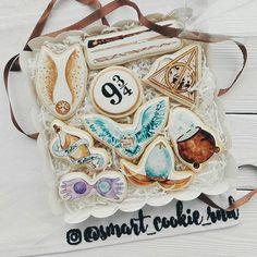 Paint Cookies, Fun Cookies, Garri Potter, One Smart Cookie, Cookie Designs, Cookie Recipes, Decorations, Cooking, Desserts