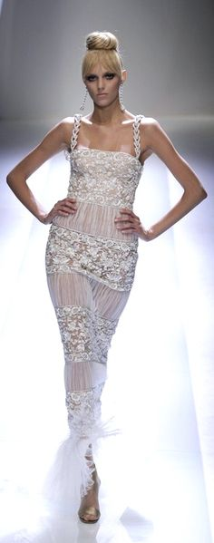 I wanna get married to my hubby again!  just so i can wear this!! Valentino